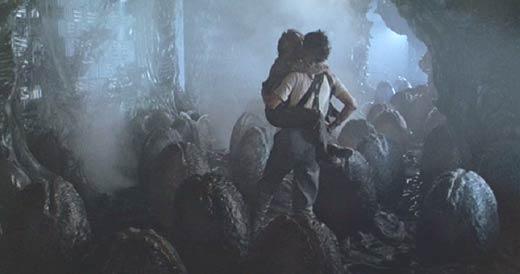 Aliens Eggs: Ripley carries Newt